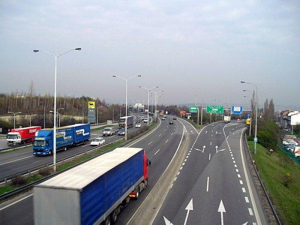 Riziko na prázdných silnicích