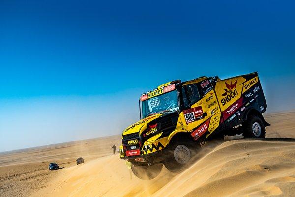 Na Dakar se chystají Karel i Franta