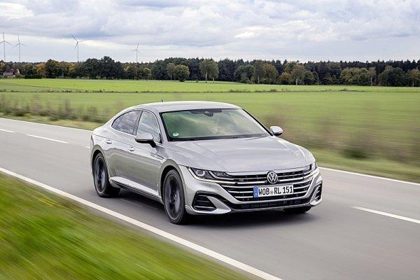 Volkswagen začal prodávat Arteon