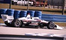 Šampion australských Supercars si vyzkoušel IndyCar