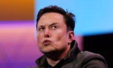 Musk pohrozil odchodem z Kalifornie