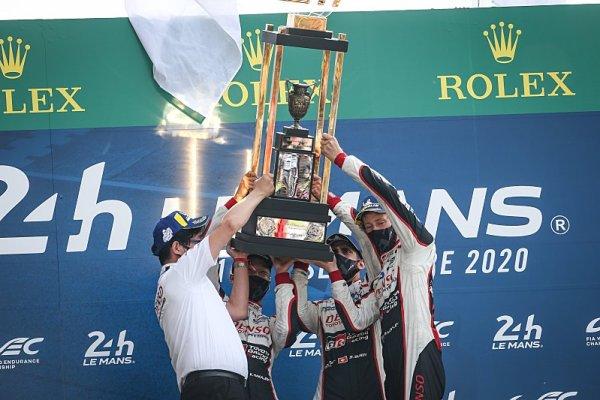 Toyota vyhrála v Le Mans i bez Alonsa