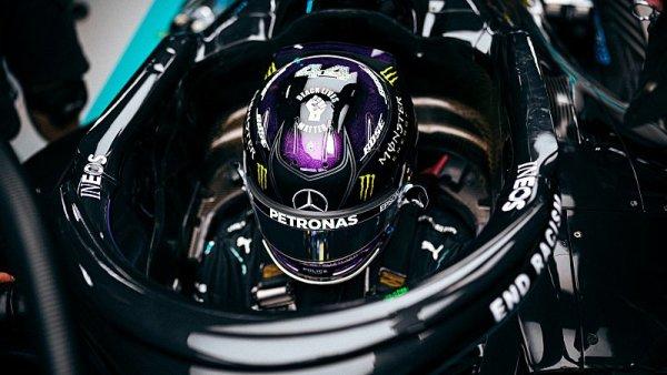 Předkvalifikační generálka patřila Mercedesu
