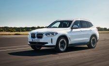 BMW iX3 dá na jedno nabití 460 kilometrů