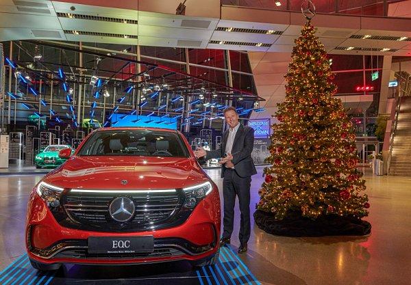 BMW propaguje Mercedes a naopak