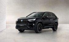 RAV4 Hybrid v černém