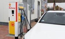 Shell buduje v regionu síť dobíjecích stanic