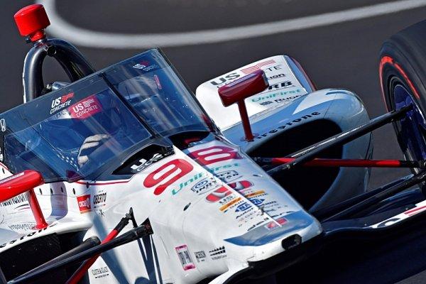 Andretti zajel nejrychlejší kolo od roku 1996