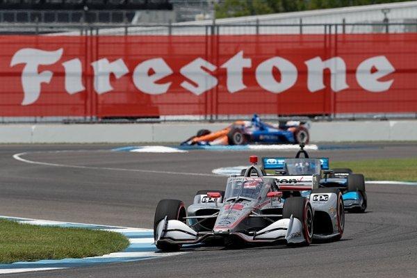 Sklidí Dixon v Indianapolisu šestý mistrovský titul?