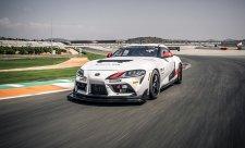 Toyota GR Supra GT4 už může na okruhy