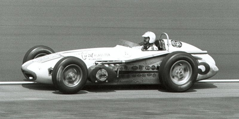 Ten ovál je pro IndyCar moc rychlý