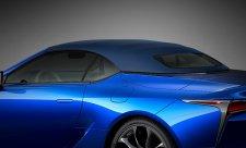 Lexus si odbyl látkovou premiéru