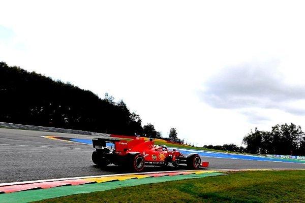 Vettelovi to prostě víc nejede