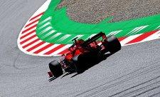 Vettel přesedl do jiného vozu