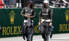 Hamilton a Bottas zůstanou v Mercedesu