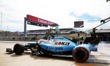 Williams představí auto jen online