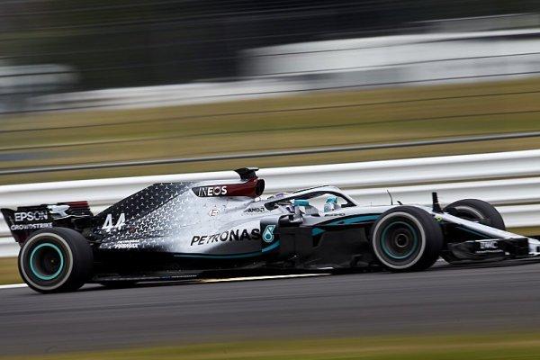 Pršelo Hamiltonovi v Silverstone štěstí?