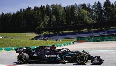 Hamilton chtěl mít o bod více