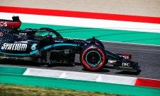 Mercedesy zase nedostižné, Leclerc potěšil věrné fanoušky
