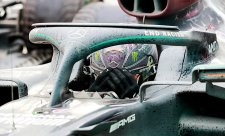 Hamilton přezul na hladké gumy bez zastávky