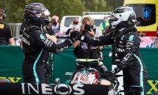Mercedes týmovou režii nepoužívá