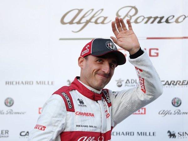 Generálku nejlépe zvládl Verstappen, Kubica se vrátil za volant