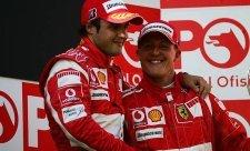 Massa ví, ale nic neprozradí