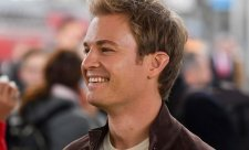 Rosberg a guru, fandící formuli 1