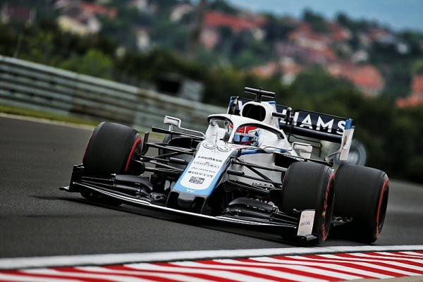 Williamsu v kvalifikaci pomáhá silný motor