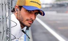 Do Ferrari půjde Sainz, míní Verstappen