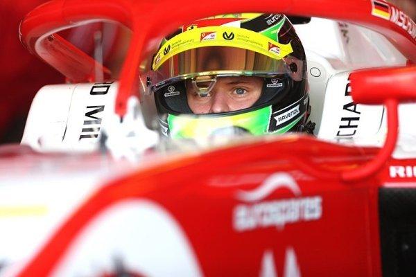 Schumachera do Ferrari zatím nechtějí