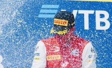 O juniorech Ferrari se rozhodne brzy