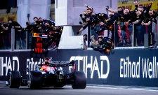 Verstappen by raději vyhrál první než poslední závod