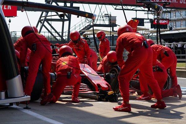 Vettel držel bobříka mlčení
