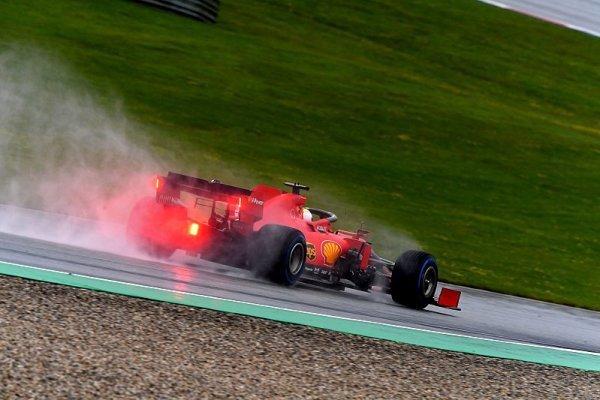 Ferrari je pomalé na suchu i na mokru