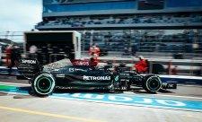 Úvod ruského víkendu patřil Mercedesu