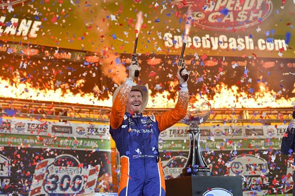 Dixon obhájil vítězství v Texasu