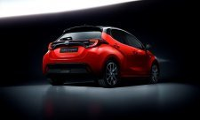 Evropským Autem roku je Toyota Yaris je