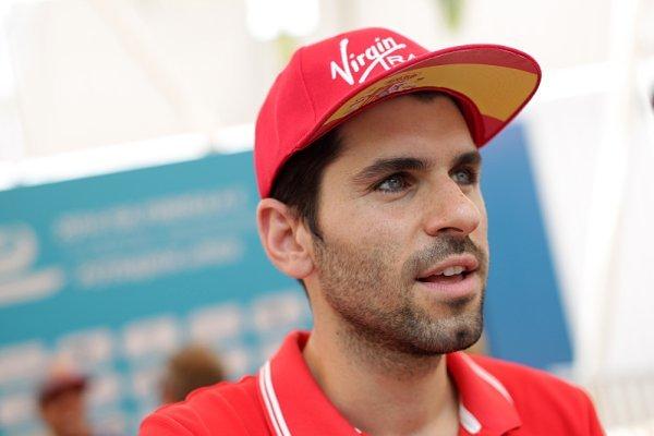 Alguersuari se vrací k závodění
