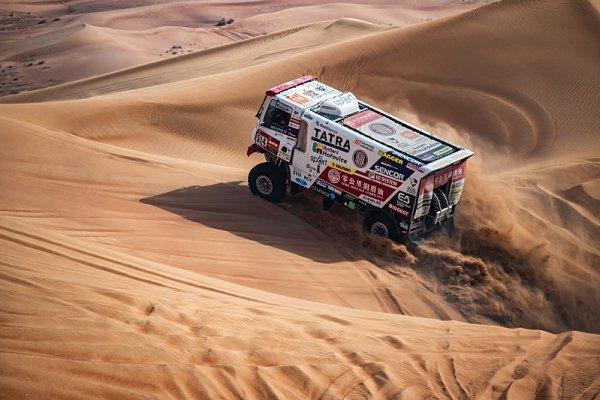 Buggyra vyrazila do pouště