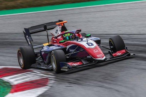 První triumf pro Davida Schumachera