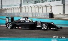 Trulli je v arabskoemirátské F4 bod od celkového vedení
