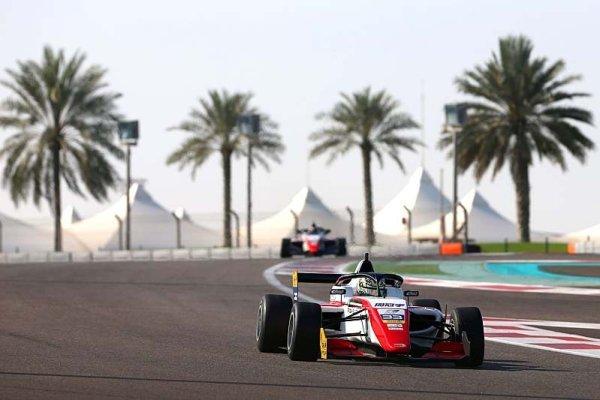 Žou se stal šampionem asijské F3