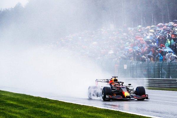 Verstappen se pročekal k vítězství