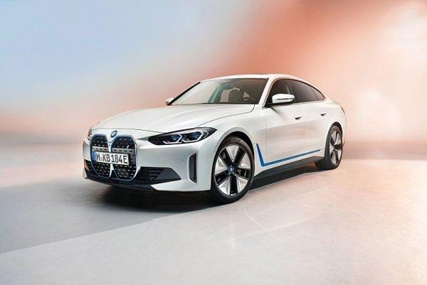 První pohled na elektrické BMW i4