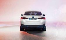 BMW i4 na prvním oficiálním videu