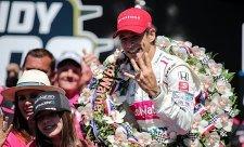 Hélio Castroneves se stal čtyřnásobným vítězem Indy500!
