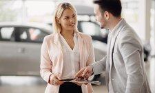 Důsledky koronaviru:pětina lidí hledá levnější auto