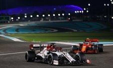 Vymění Alfa Romeo benzin za elektřinu?