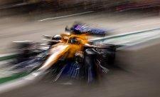 Kam se hrabe Aston na McLaren
